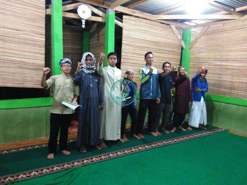akmal-fadhlurrahman-cs-kelompok-ustharry