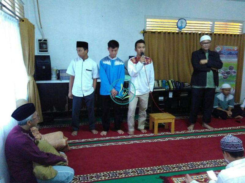 Kesan dan pesan dari peserta dauroh Ust. M. Arif Budiman Kasmi, M. Gazali Yahya Andrian, dan M. Sulthon Inuni.
