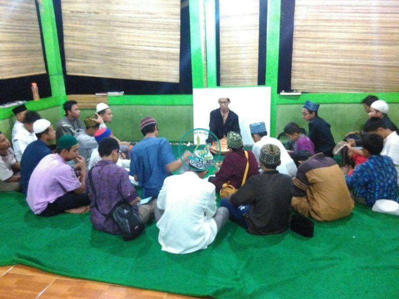 Pertemuan Perdana Pembelajaran Tahsin Kelompok 1 Bersama Ust. As'ad Humam Lc. Al Hafizh.