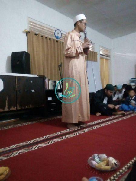 Pemberian Kata Sambutan Oleh Direktur Utama Pondok Pesatren Tahfizh Al Quran MataQu, Ust. As'ad Humam Al Hafizh