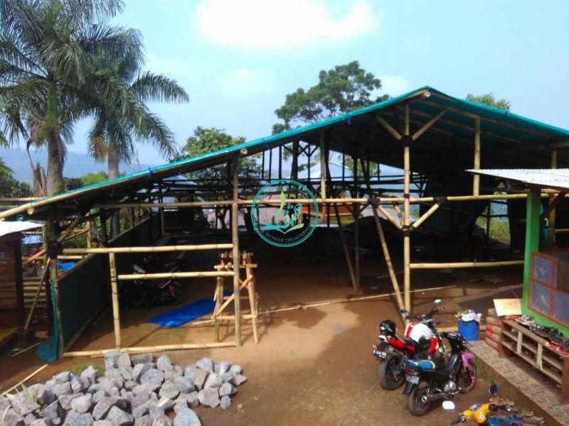 Perkembangan Pembuatan Tenda Sementara Untuk Kegiatan Ramadhan (22/05/2017)
