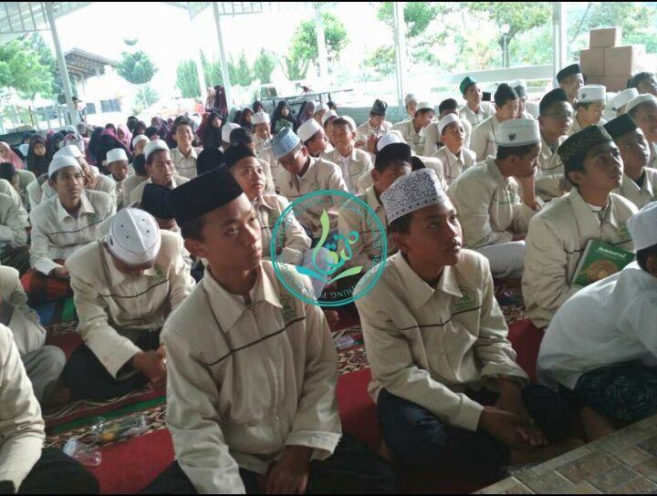 Foto para Peserta Ikhwan Pada Acara Penutupan Dauroh Al Quran 40 Hari Angkatan 17