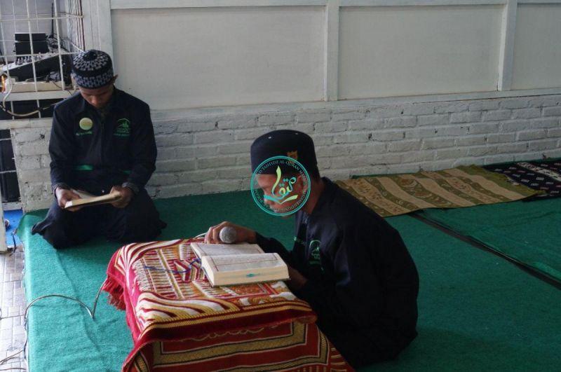 Pembacaan-Ayat-Suci-Al-Quran-Dari-Salah-Seorang-Peserta-Dauroh-Ikhwan-03