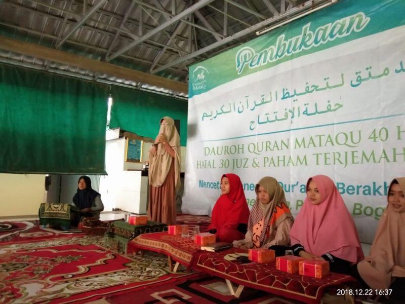 Sambutan dari Ustadzah Zahra, Mudiroh Ma'had Putri MataQu