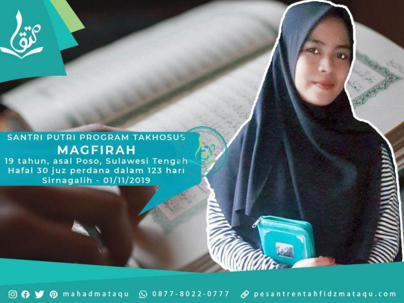 santri-putri-takhosus-mahad-mataqu-magfirah-19-tahun-asal-poso-sulawesi-tengah-01-11-2019